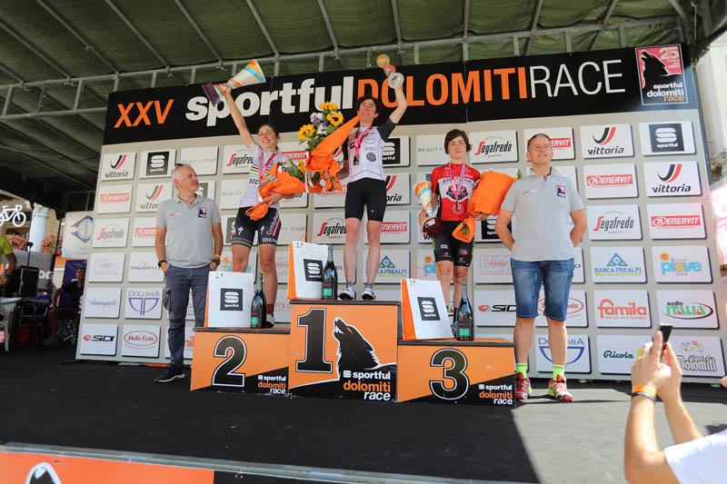 Podio Granfondo Femminile Sportful Dolomiti Race 2019